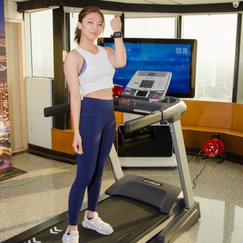 專欣濃 Gina-超強健身運動甜心之雲跑頂上對決